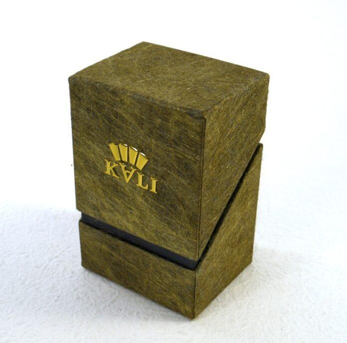 Essential Oil Packaging
